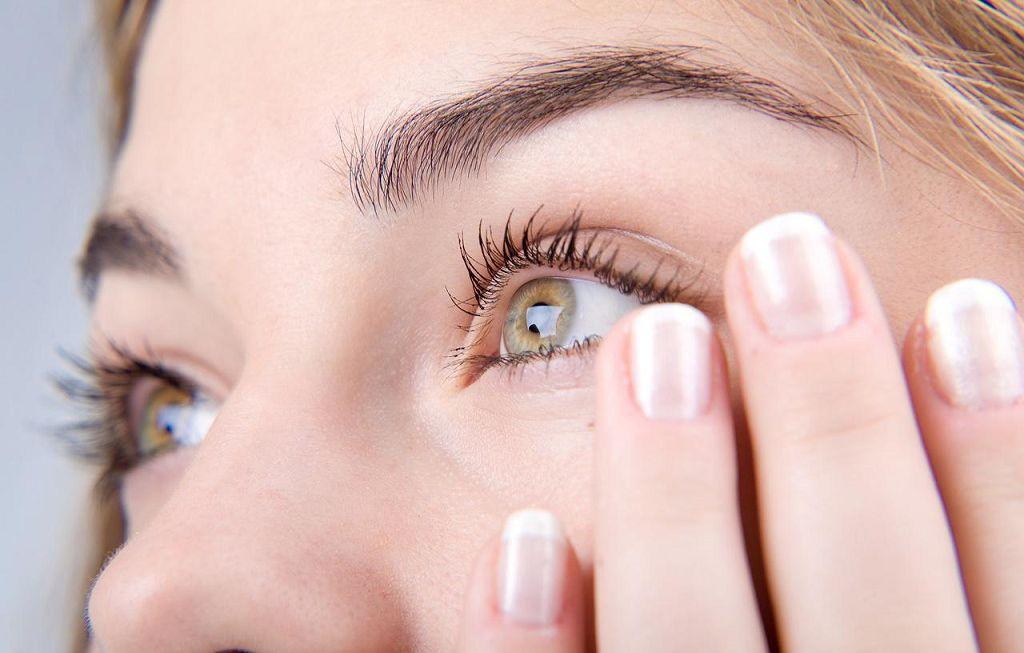 Снижение остроты зрения может свидетельствовать об отслоении сетчатки