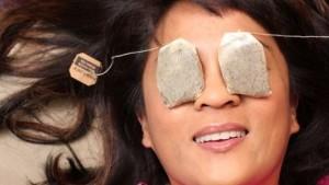 Чайные пакетики помогут от кругов под глазами