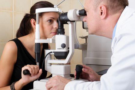 Первый этап – осмотр офтальмолога