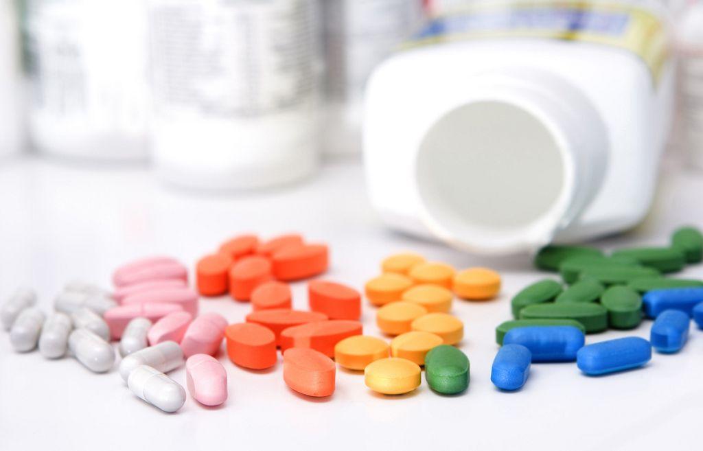 Перед приемом витаминов для глаз обязательно проконсультируйтесь с врачом