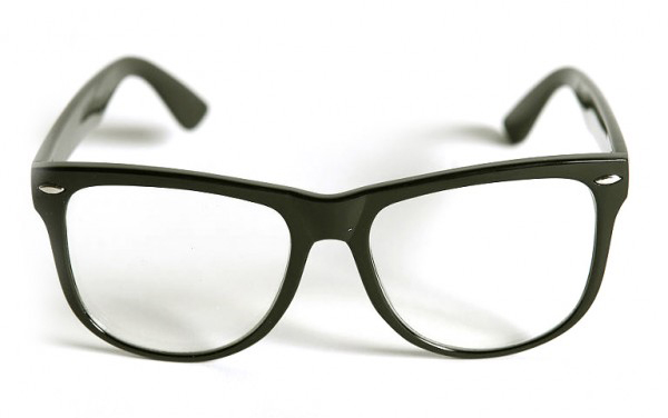 Очки - самый известный метод корректировки зрения
