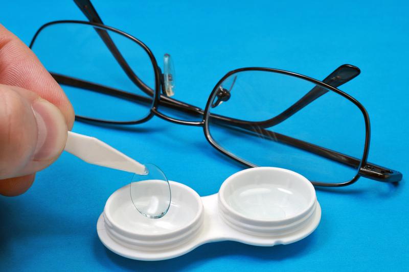 Зрение в очках и зрение в линзах немного разное