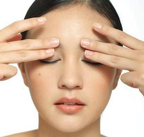 Китайский массаж помогает при начальных стадиях катаракты