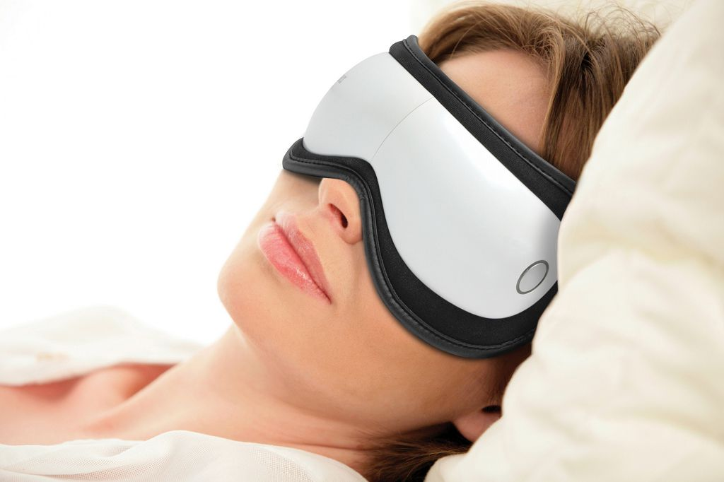 Массажер для глаз помогает улучшить зрение на 2-3 диоптрия