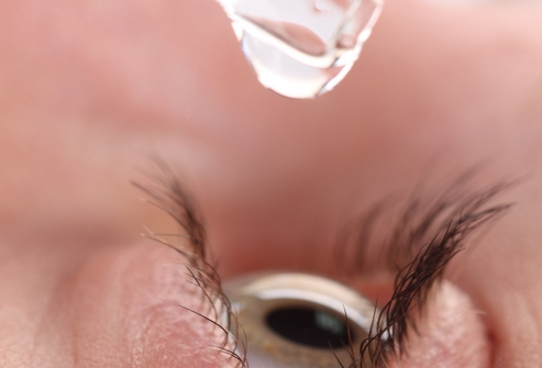 Препарат Тобрадекс снимает болезненные ощущения