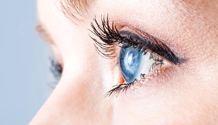Принимать витамины нужно и для поддержания зрения