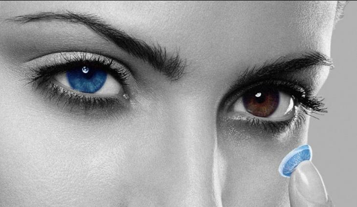Вредят ли цветные линзы карим глазам