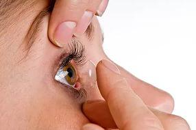 Установка линзы в глаз