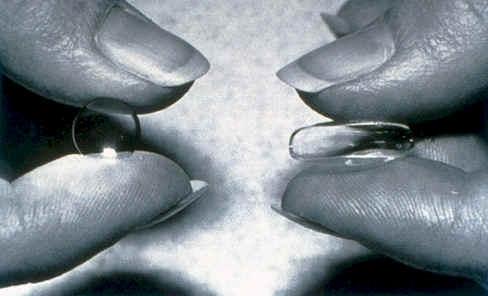 Контактная оптика для пресбиопов бывает мягкой и жесткой