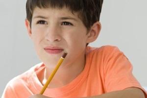 Ребенок постоянно щурится - это признак миопии