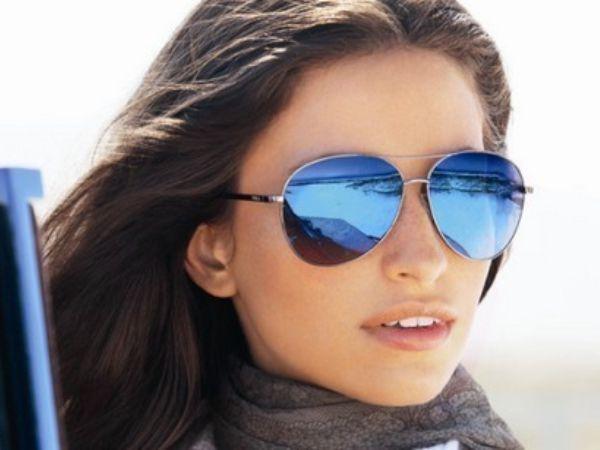 От слезоточивости на улице защищают солнечные очки