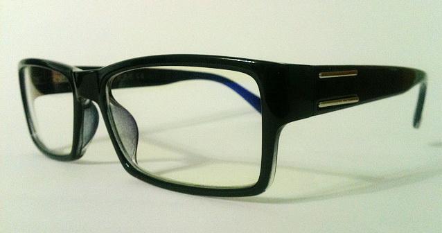Хорошие компьютерные очки дают послабляющий эффект на мышцы глаза