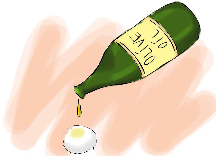 Ватный тампон и оливковое масло