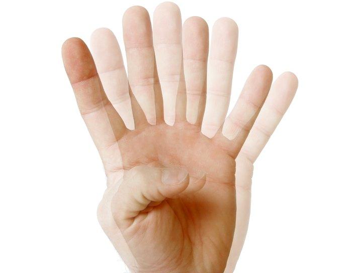 Двоение в глазах - причины и лечение