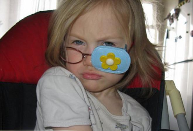 Накладка на здоровый глаз ребенку