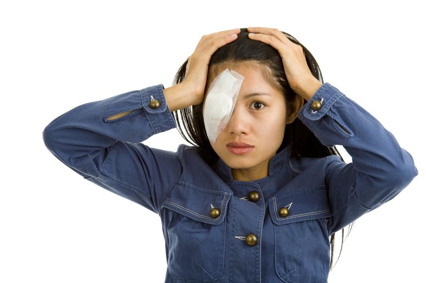 Осложнения после лазерной коррекции зрения