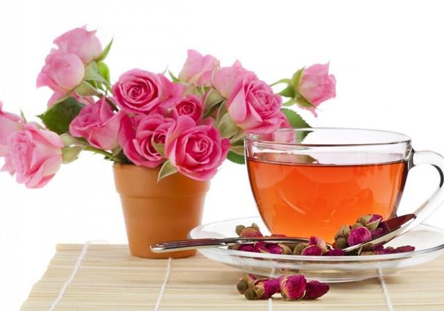 Отвар из лепестков роз