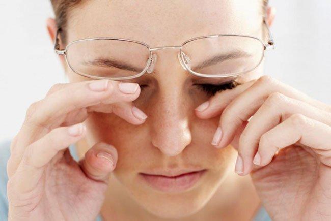 Причиной диплопии может быть серьезное заболевание