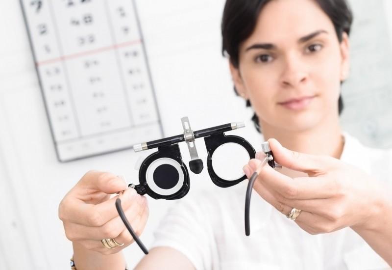 Ухудшение зрения на один глаз причины