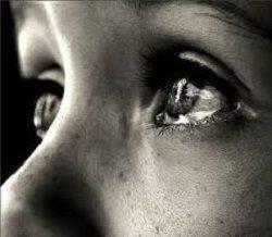 Резь в совокупности со слезоточивостью