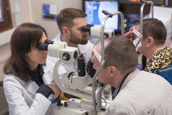 YAG-лазерный витреолизис представляет собой технологию фрагментации и частичного испарения помутнений