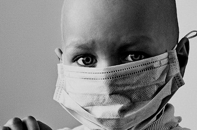 Если у взрослых 90% опухолей связано с воздействием внешних факторов, то для детей несколько большее значение имеют генетические факторы