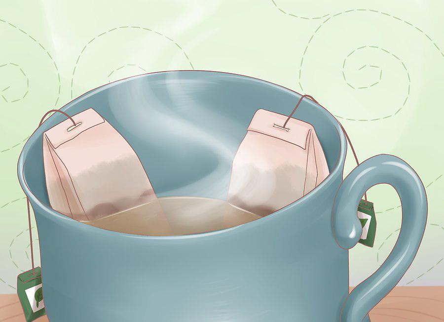 Заварите пару чайных пакетиков