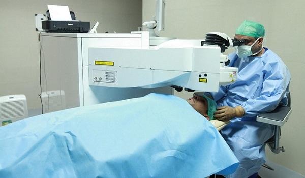 Первая операция по технологии Ласик была проведена в 1988 году