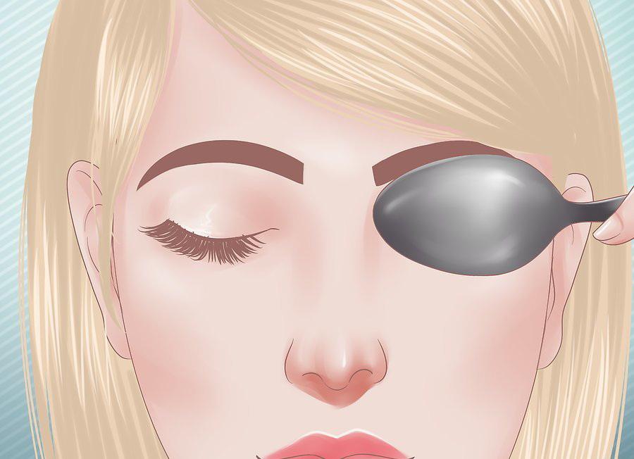 Как быстро снять отек с глаз (опухоль) после слез в домашних условиях