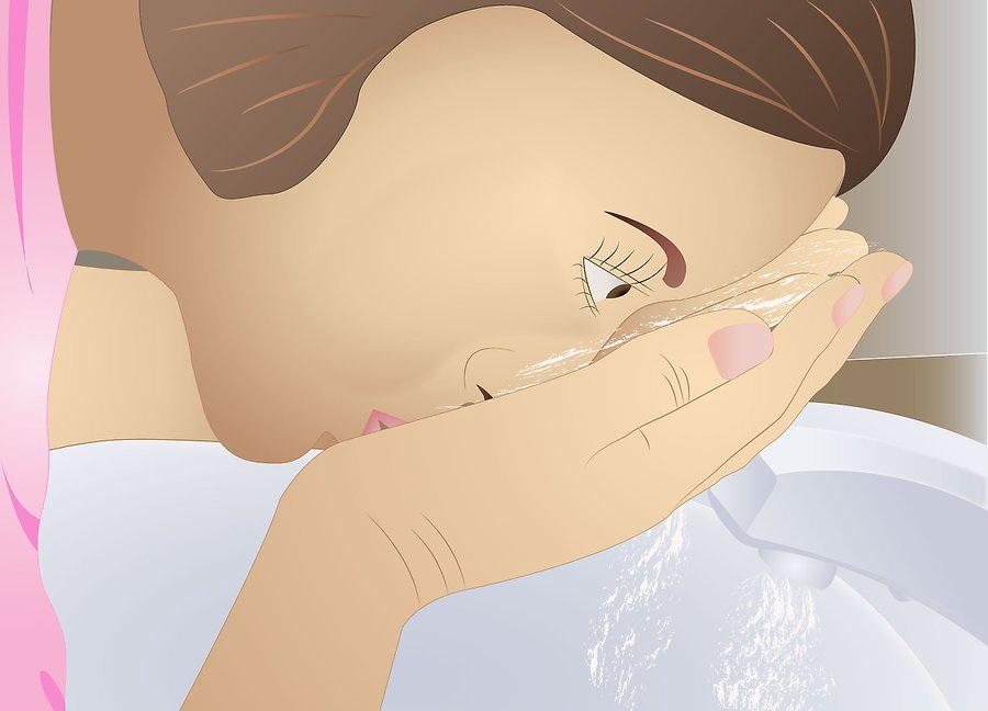 Промойте глаза