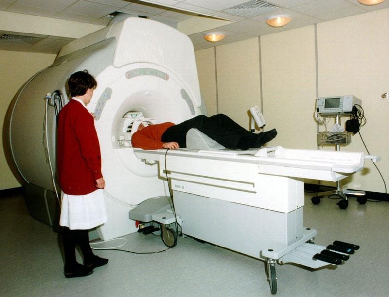 МРТ головы, или магнитно-резонансная томография