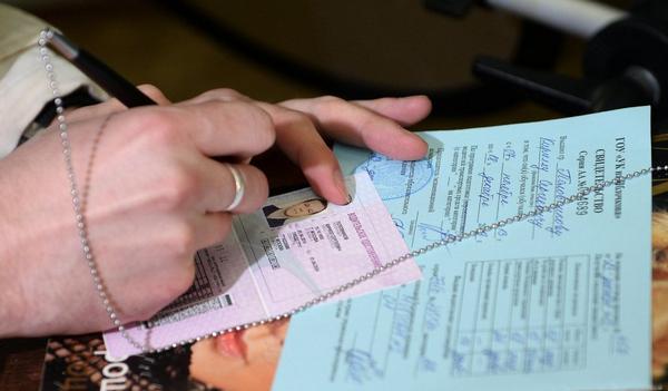 Не во всех странах человек, у которого обнаружен дальтонизм, сможет получить водительские права