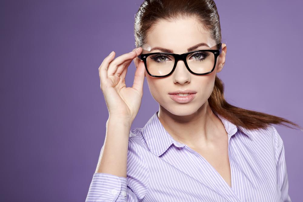 Без очков близорукий человек не сможет вести нормальную полноценную жизнь