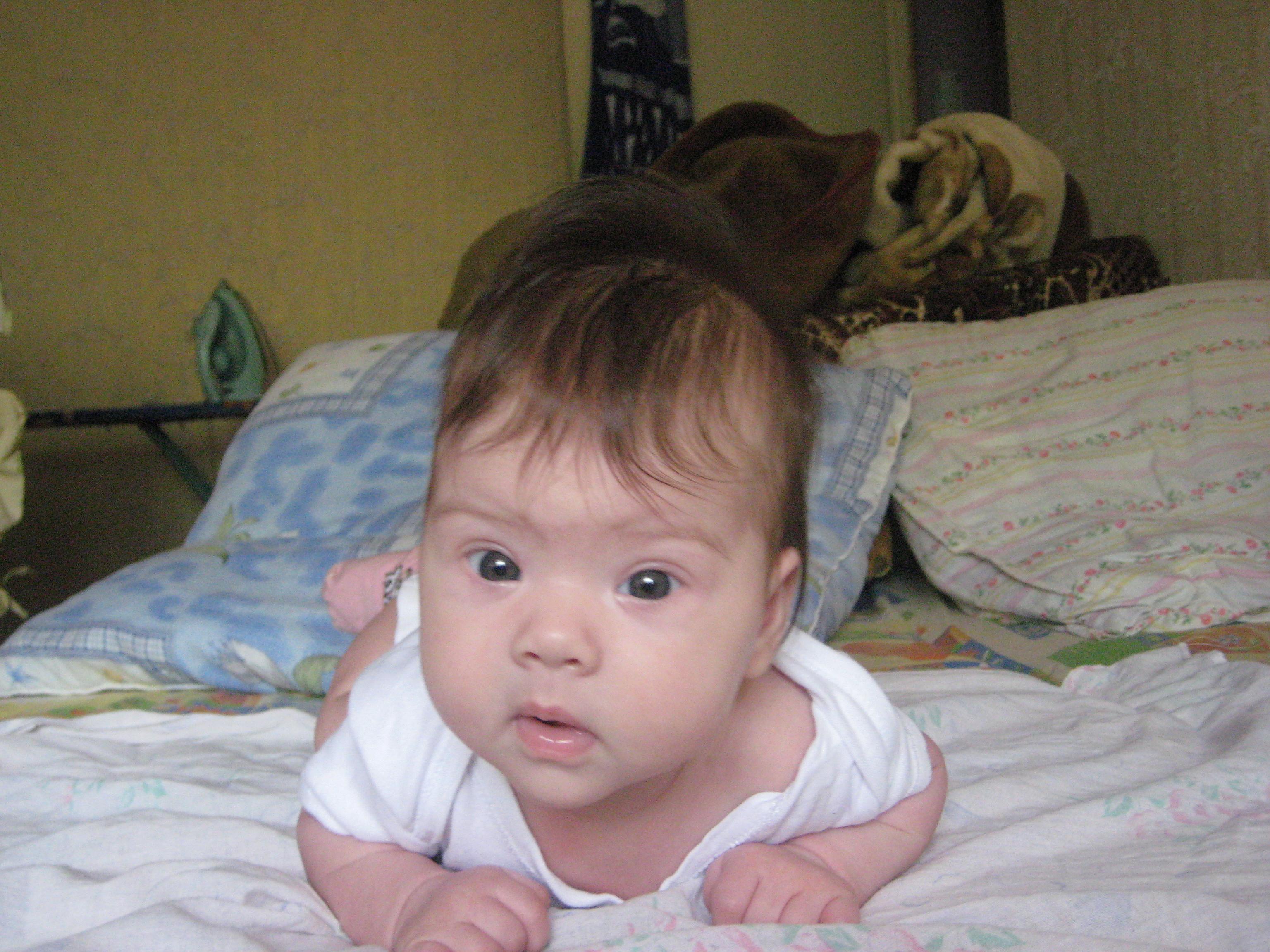 Раскосые глаза у новорожденного