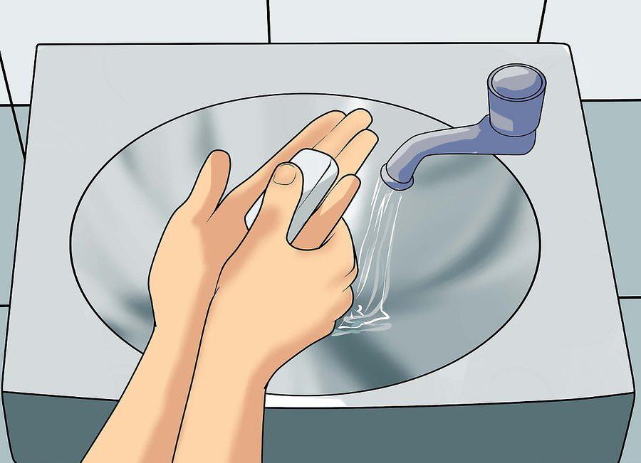 Тщательно мойте руки