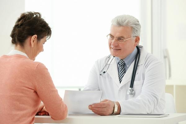 Прежде чем использовать какие-либо препараты для глаз одновременно с применением «Ликонтина», стоит проконсультироваться с врачом