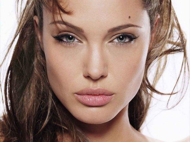 Раскосые глаза считаются невероятно красивыми