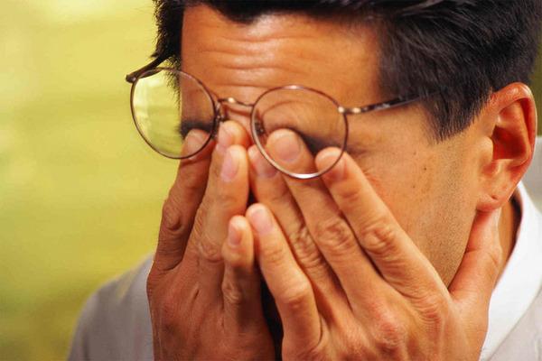 Один из побочных эффектов – временное ухудшение точности зрения
